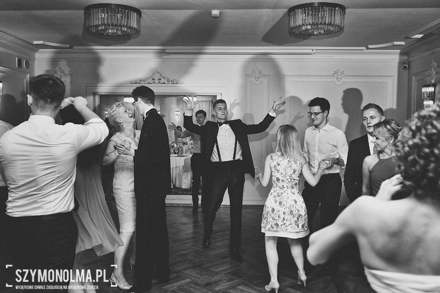 Ada i Maciek | Zdjęcia ślubne | Pałacyk w Otrębusach 99