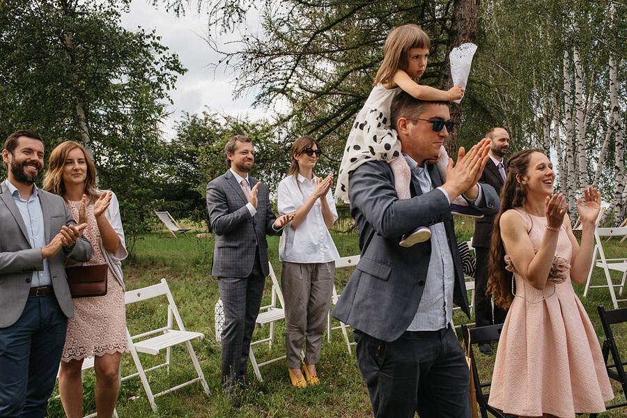 Kasia i Maciek | Rustykalne wesele w Stodole Wszystkich świętych 11