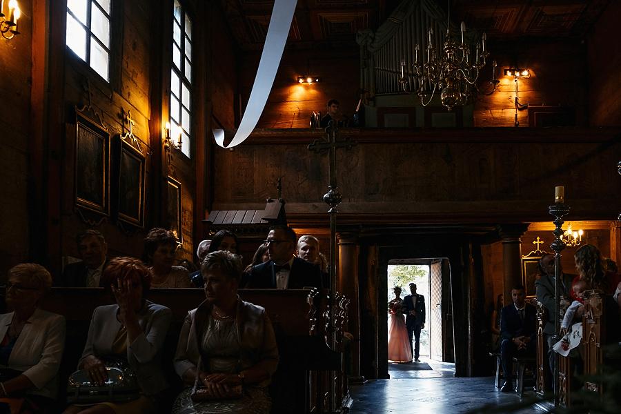 parafia w modlnicy wejscie do kosciola