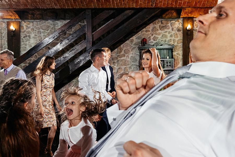 wesele dwor w tomaszowicach spichlerz