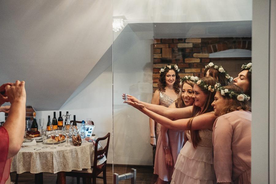 folwark białych bocianów ślub