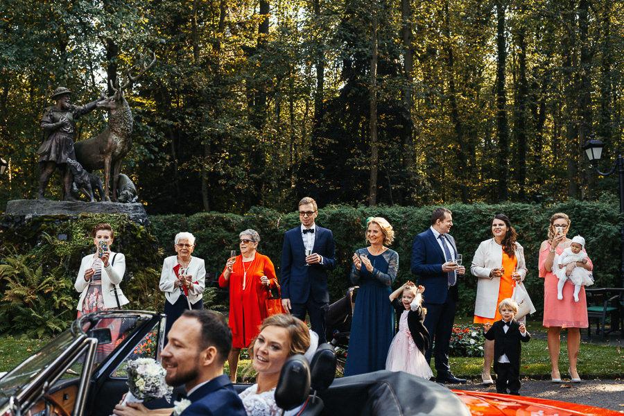 auto do slubu przyjazd na wesele