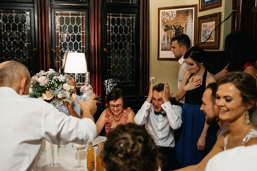 stoly wesele zabawa